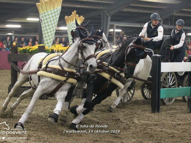 Indoor Zwartewaal NED 2019